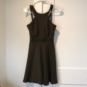 🔸NWOT 🔸 Stunning Army Green Party Dress